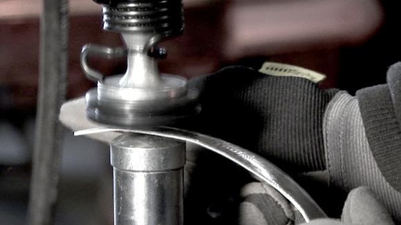 Verformen von Aluminium-Blechen -